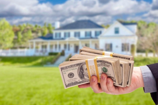 If you are considering putting your home on the market because you would like to sell, there are many things that you can do to prepare for the home sale.