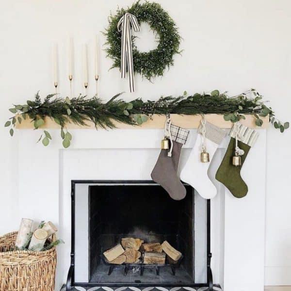 minimalist christmas decor