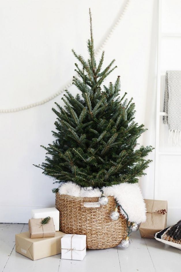 Holiday Decors to Inspire You Bare and Minimal