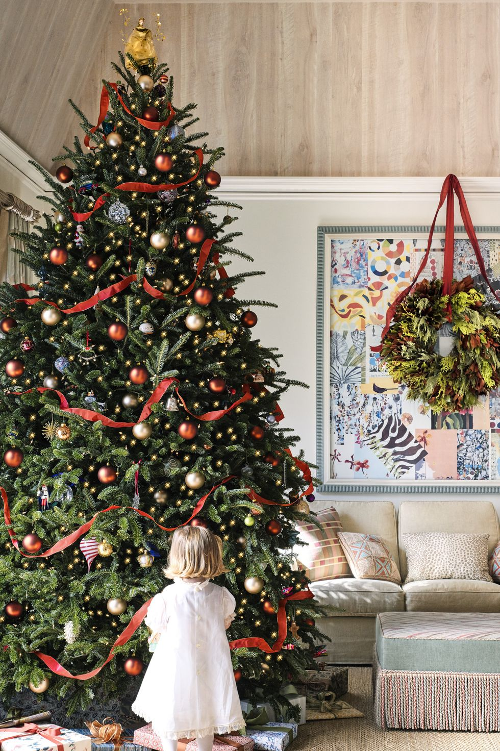 Holiday Decors to Inspire You Classic Christmas Tree