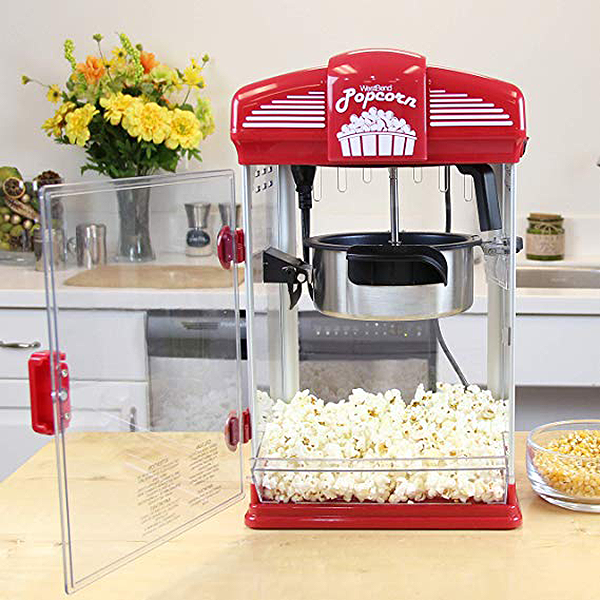 Popcorn maker for movie lovers